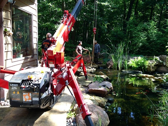Summer construction jobs involving Spydercrane